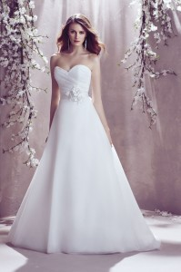 paloma-blanca--gown-1813--front--mikaella-bridal